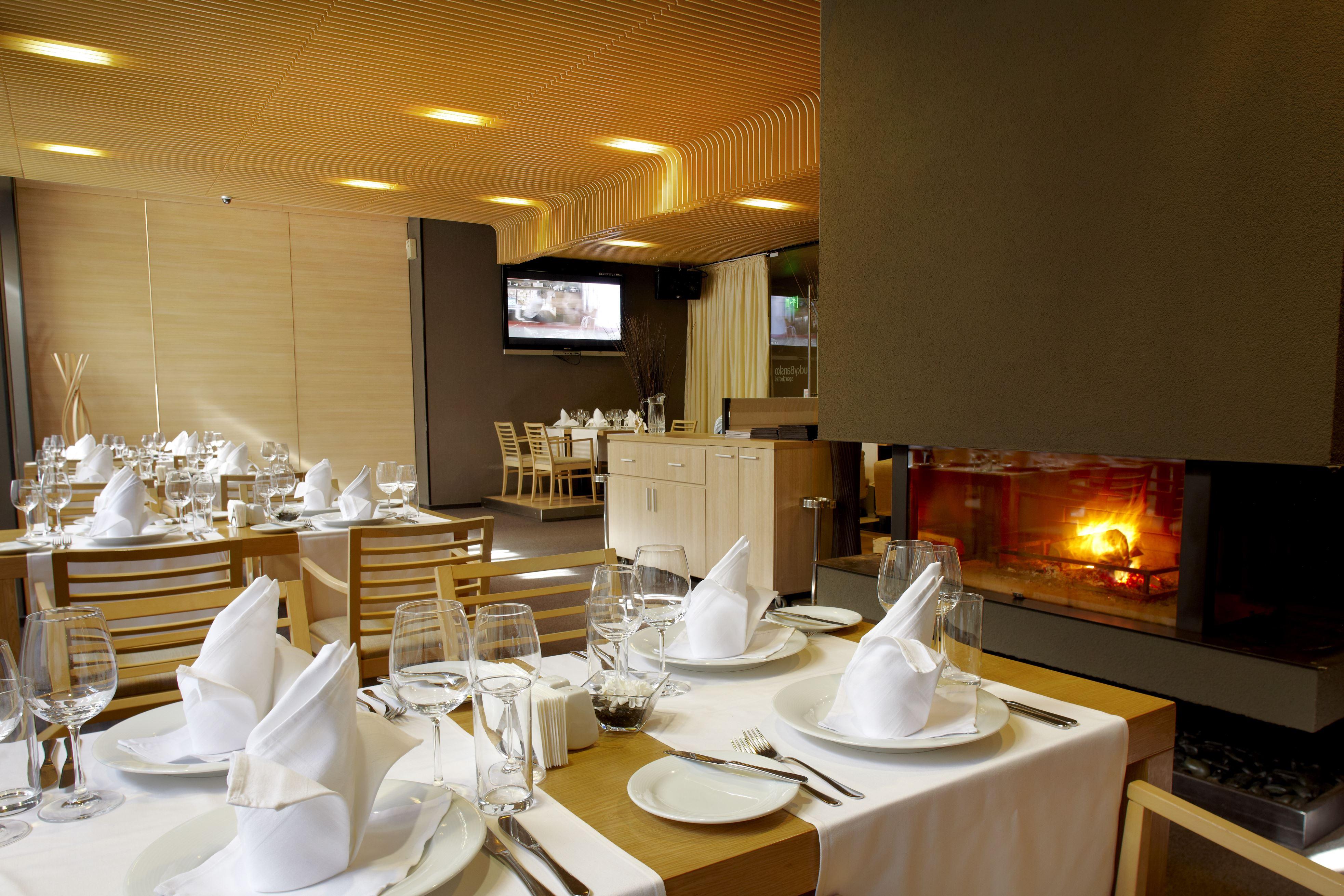 Panoramska slika restorana Le Bistro | Lucky Bansko SPA & Relax