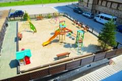 Apart-hotel Lucky Bansko SPA & Relax |  Dečije igralište ispred hotela