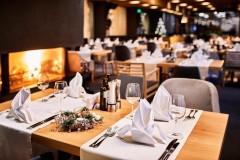 Novogodišnji sto u Le Bistro