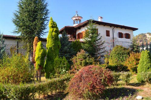 Pogled na manastir Rozhen | Lucky Bansko