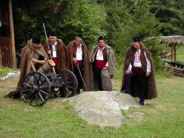 Tradicije i narodna nošnja u Banskom | Lucky Bansko SPA & Relax