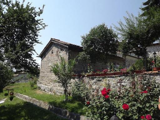 Crkva Svetog Teodora Tirona i Teodora Stratilata | Lucky Bansko