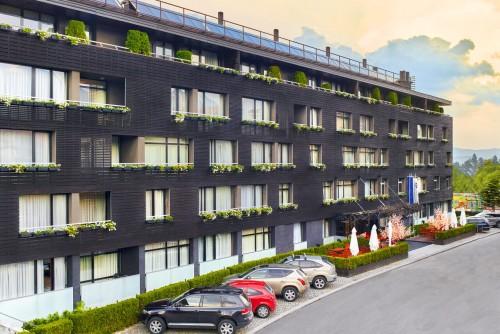 Spoljašnja fasada apart-hotela | Lucky Bansko