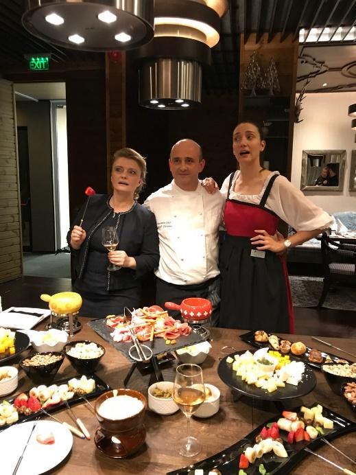 Restoran Fondue - otvaranje slike | Lucky Bansko